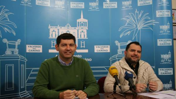 Nota De Prensa Y Foto: Valverde Del Camino Presenta Unos Presupuestos De Más De