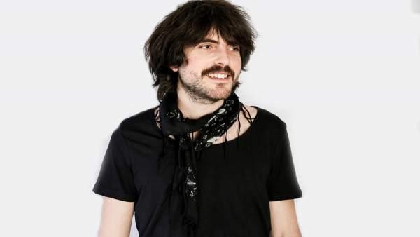 El músico Elías Serra estará estos días en Galicia