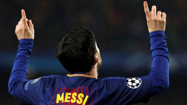 Messi, gol con dedicatoria incluida