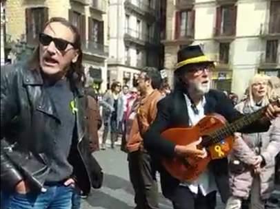 Protestas en la plaza Sant Jaume.