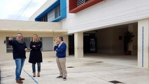 Patricia Alba en un instituto de Estepona