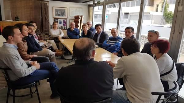El líder del PP, Biel Company, se reúne con vecinosd de Can Pastila
