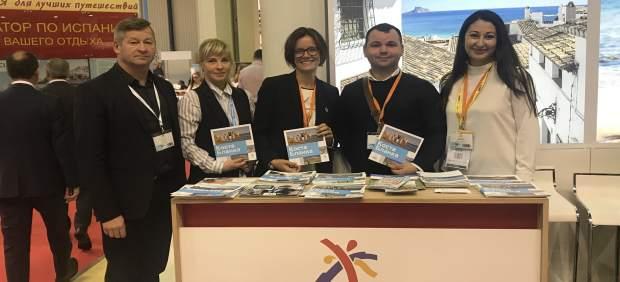 La Costa Blanca exhibe la oferta vacacional alicantina en la feria MITT de Moscú