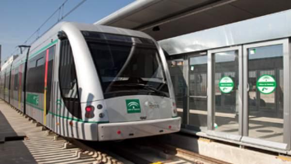 Vagón del Metro de Sevilla