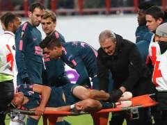 Vídeo: Filipe Luis se fractura el peroné ante el Lokomotiv de Moscú