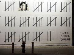 Banksy dedica un mural a una artista turca encarcelada