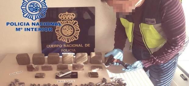 Detenidos tras una persecución cinco jóvenes por venta de sustancias estupefacientes