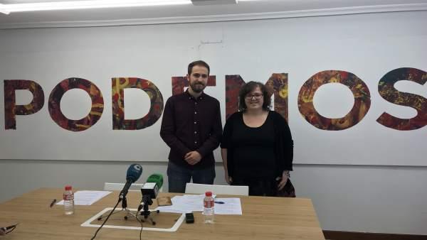 Luis del Piñal y Verónica Ordóñez pressentan líneas de su candidatura a Podemos