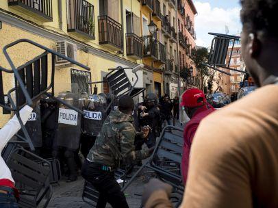 Carga policial en Lavapiés