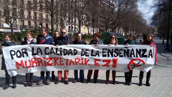 Concentración de los sindicatos de la enseñanza pública