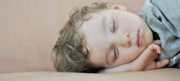 Dormir mal o menos de 6 horas al día aumenta el riesgo de sufrir una enfermedad del corazón