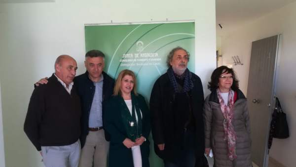 El delegado territorial, Federico Fernández, y la alcaldesa de Jerez