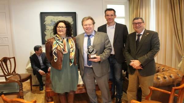 Alcalde de Vélez recibe profesores formación profesional Alemania