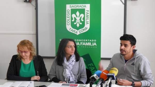Raquel Bonilla, Patricia Aranda y Jorge Chinchón, del colegio Sagrada Familia