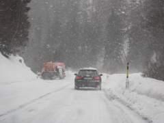 Incidencias del temporal: vehículos atrapados, problemas en la AP-6...