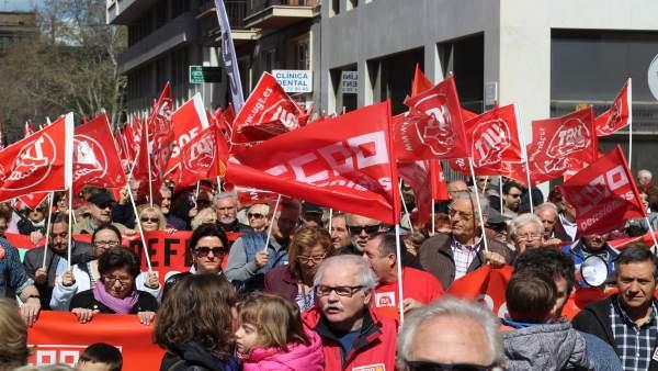 Manifestantes por las pensiones dignas