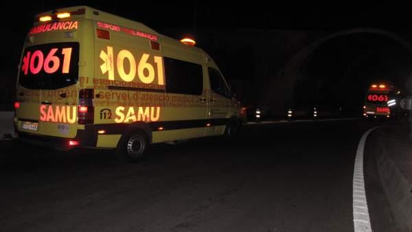 Ambulancia del SAMU  061 en Baleares