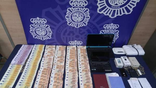 Dinero intervenido en una operación policial en Málaga