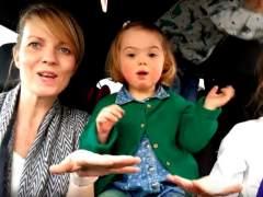 Madre con hija con síndrome de Down