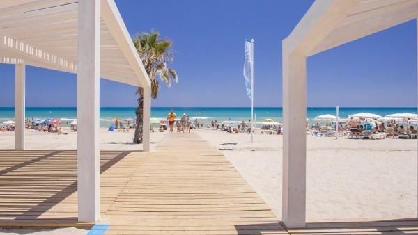 Playa en Alicante / platja en Alacant, verano, sol, playa