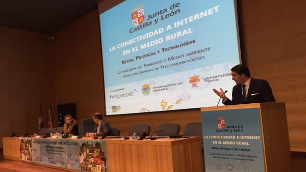 El consejero de Fomento, Juan Carlos Suárez-Quiñones. 19-3-2018