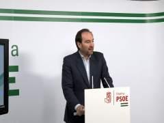 El secretario general del PSOE de Huelva, Pepe Fernández.