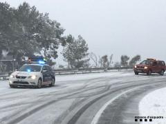 Interrumpidas cuatro líneas de autobús de Barcelona y restricciones al tráfico por nieve