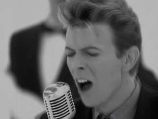 Grabó una canción con David Bowie