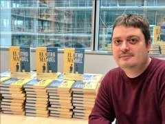 Manuel Bartual publica 'El otro Manuel', su primera novela
