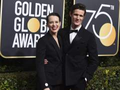 Instan al actor Matt Smith a donar la diferencia salarial con Foy a 'Time's Up'