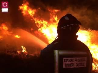 Declarat un incendi a Torreblanca i el Prat de Cabanes
