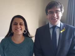 El juez dicta orden de detención internacional contra Rovira, Puigdemont y Anna Gabriel