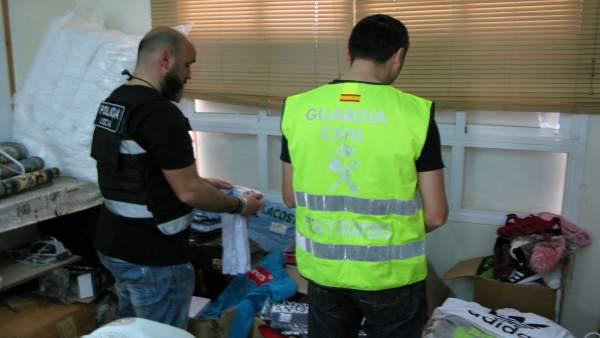Material incautado en San Fernando en operación contra falsificaciones