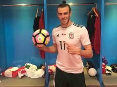 Bale se luce con un hat-trick a China y se convierte en el máximo goleador de Gales