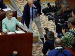 La Asamblea de Madrid aprueba que Cifuentes explique su máster