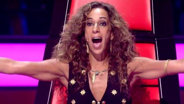 Rosario se rinde ante una niña que canta su 'Qué bonito'