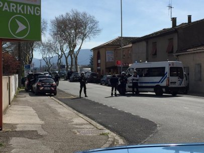 Cordón policial en Trebes