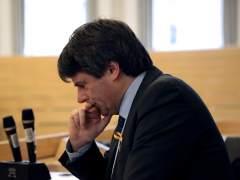 Un profesor finlandés cuestiona a Puigdemont por hablar en nombre de todos los catalanes