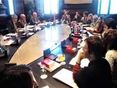 """JxCat, ERC, CUP y comuns aprueban una declaración contra el """"represión"""" del Estado"""