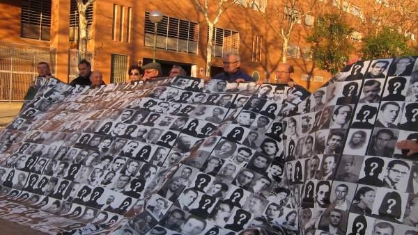 Protesta Memoria Histórica Asamblea De Madrid