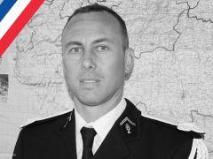 Muere el gendarme que se intercambió por los rehenes en el sur de Francia