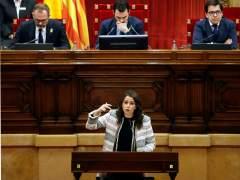 """Arrimadas en el Parlament: """"Nos negáis hasta el saludo... ¿hasta cuándo va a durar esto?"""""""
