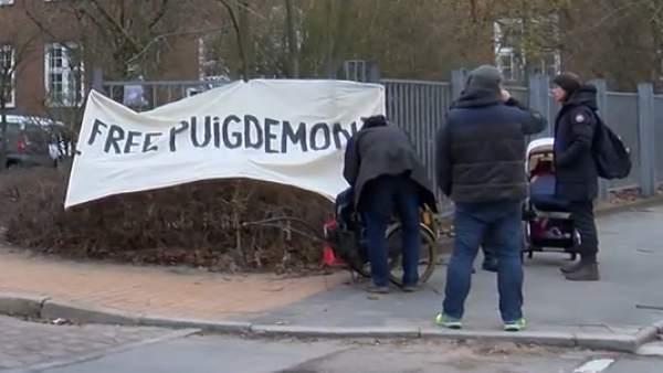 Puigdemont pasa su primera noche en prisión.
