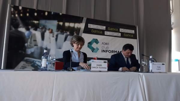 Isabel García Tejerina, este lunes en el foro del agua