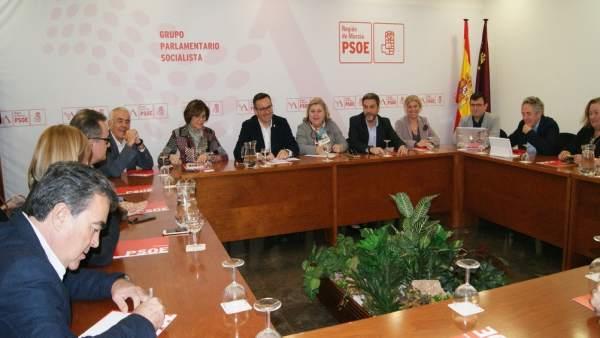 Clara Aguilera participa en una jornada de trabajo con PSOE