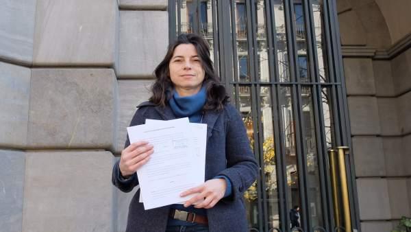 La concejal de Vamos Granada Marta Gutiérrez frente a la Fiscalía