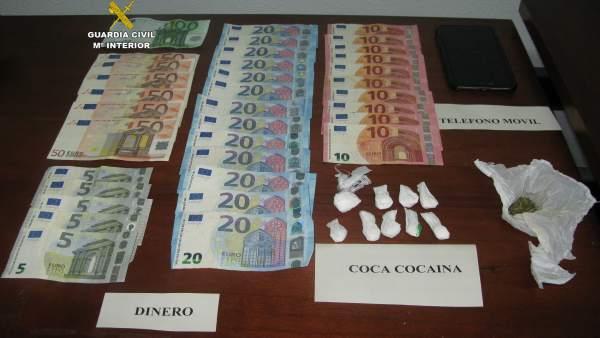 Droga y dinero incautado en La Bañeza 26-3-2018