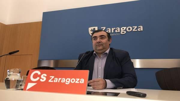 El concejal de Ciudadanos en el Ayuntamiento de Zaragoza, Alberto Casañal