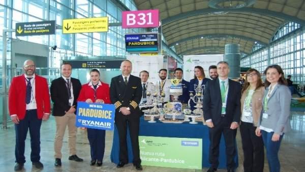 Inicio de la ruta de Ryanair con República Checa