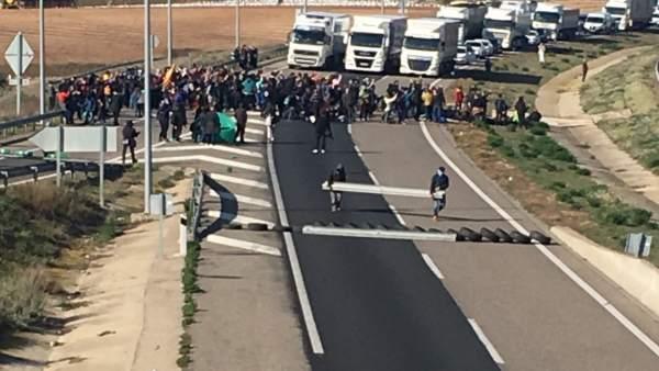 Corte de la A-2 en Soses (Lleida)